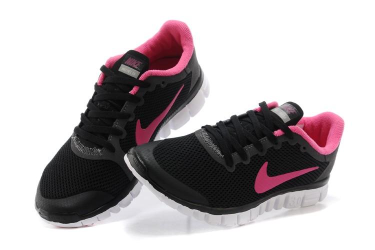 chaussure nike rose et noire